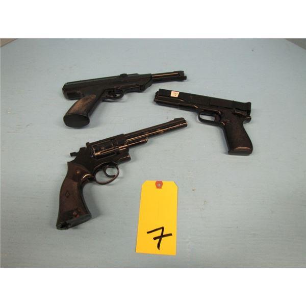 lot of 3 pellet pistols, Crosman Smith & Wesson style 22 CO2, Crosman Colt 45 pistol Style .177 cali