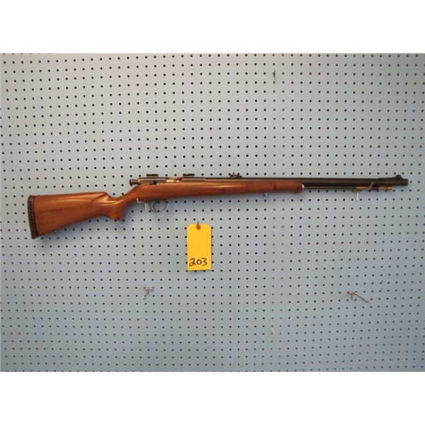 Knight MK - 85 muzzleloader.54 calibre, sights and scope pieces