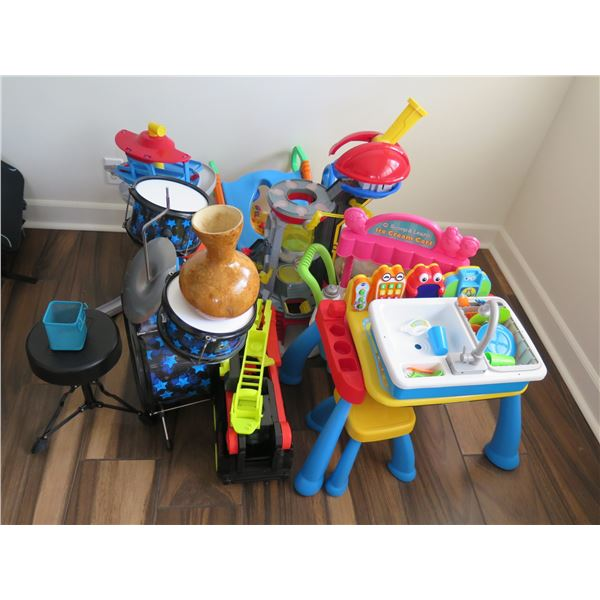 Assorted Toys, Kids Drum Set, Ipu, Play Ice Cream Stand, Play Wash Basin, Pony, etc