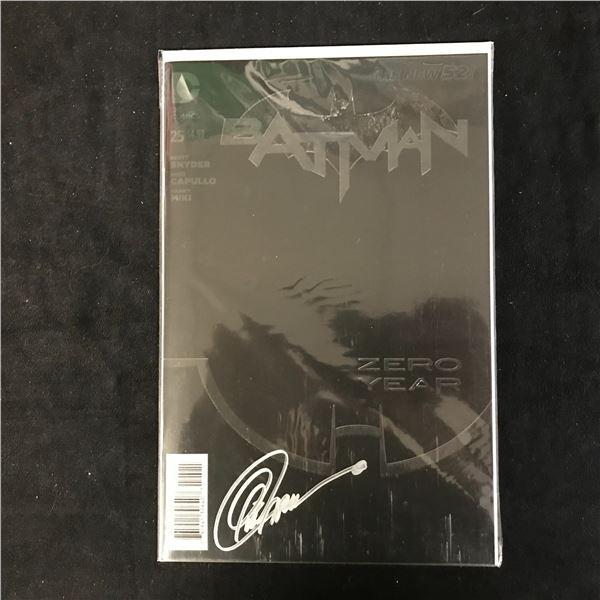 BATMAN #25 THE NEW 52! (DC COMICS) Signed by Greg Capullo