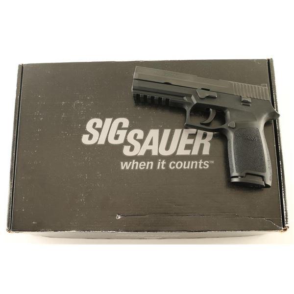 Sig Sauer P250 9mm SN: EAK165304