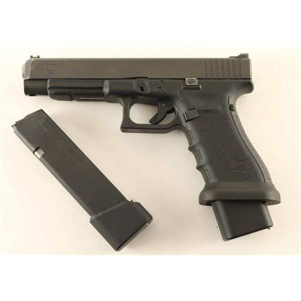 Glock 34 9mm SN: VHS237