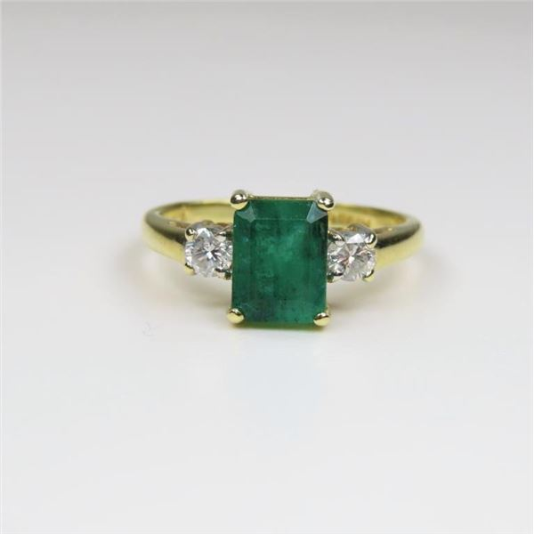 Beautiful Classic Emerald and Diamond Ring