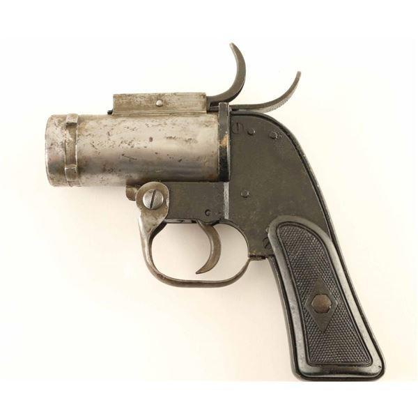 Eureka Vacuum AN-M8 Pyrotechnic Pistol