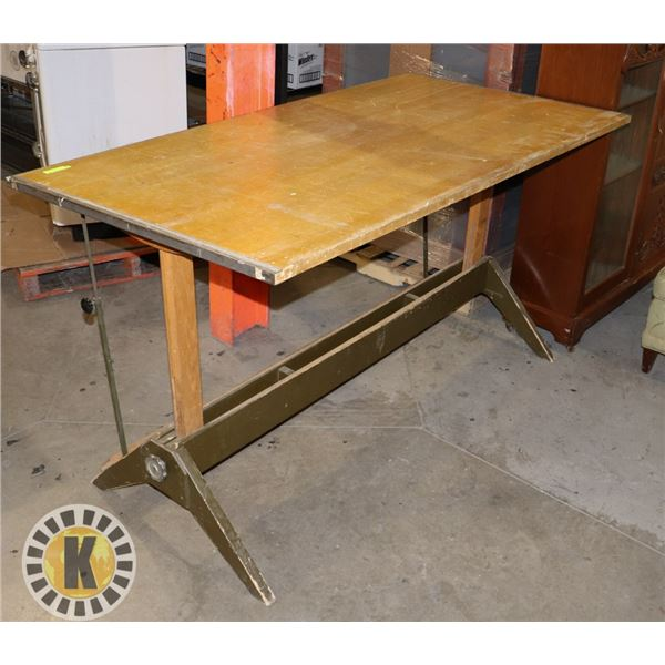 LIGHT COLOR WOOD DRAFTING TABLE