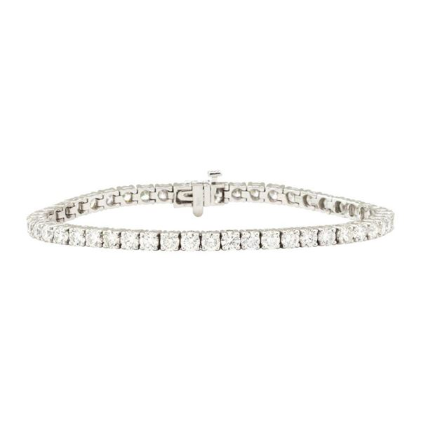 8.45 ctw Round Brilliant Cut Diamond Tennis Bracelet - 18KT White Gold