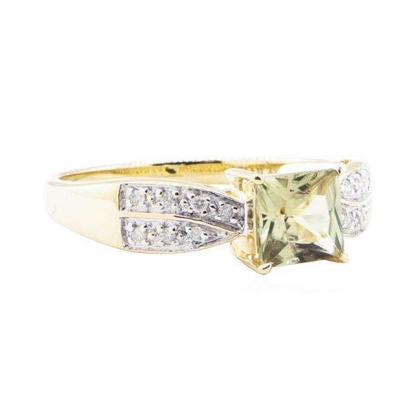 2.12 ctw Zultanite And Diamond Ring - 14KT Yellow Gold