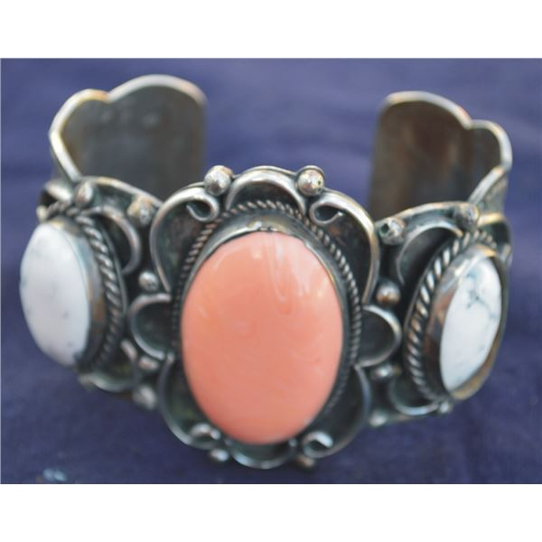 Mary Morgan silver bracelet with white buffalo turquoise