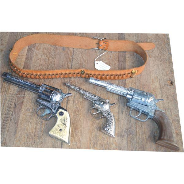 3 cap guns, Pony boy, Hubley chief