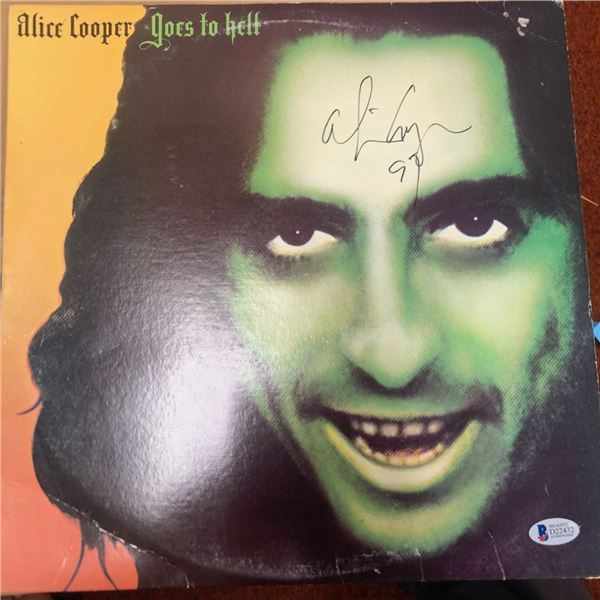 Signed Alice Cooper Goes To Hell Albumn Cover
