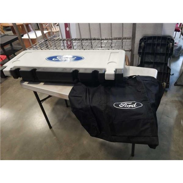 As new Trail gate hitch mount trailer table