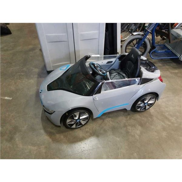 BMW spyder 6 volt electric rideon kids car and charger working