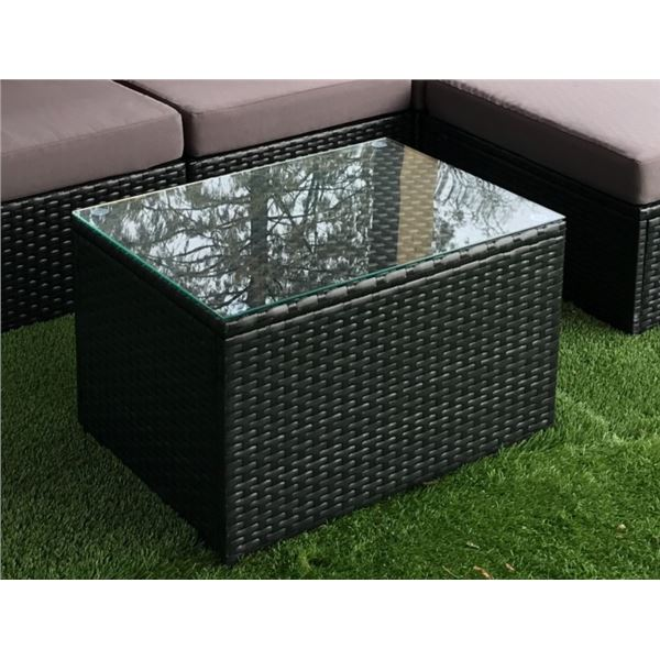 "BRAND NEW RATTAN AND GLASS TOP PATIO COFFEE TABLE RETAIL $159   28"" X 20"" X 17"""
