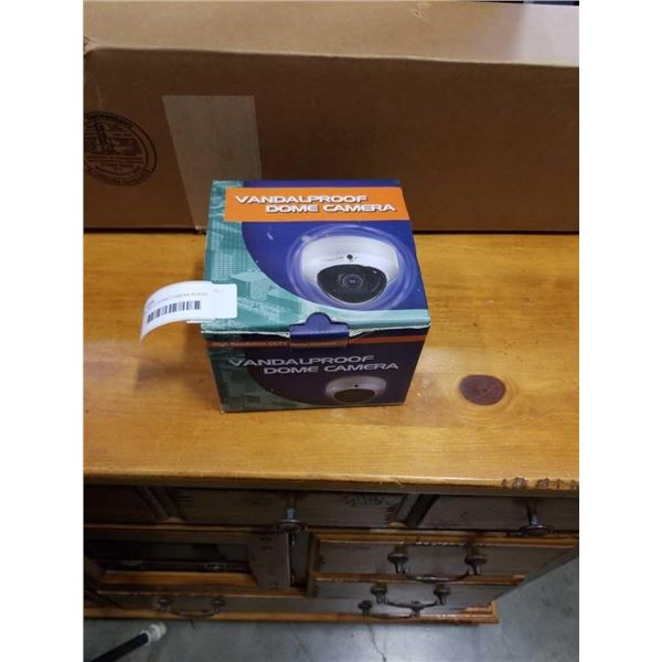 VANDALPROOF DOME CAMERA IN BOX