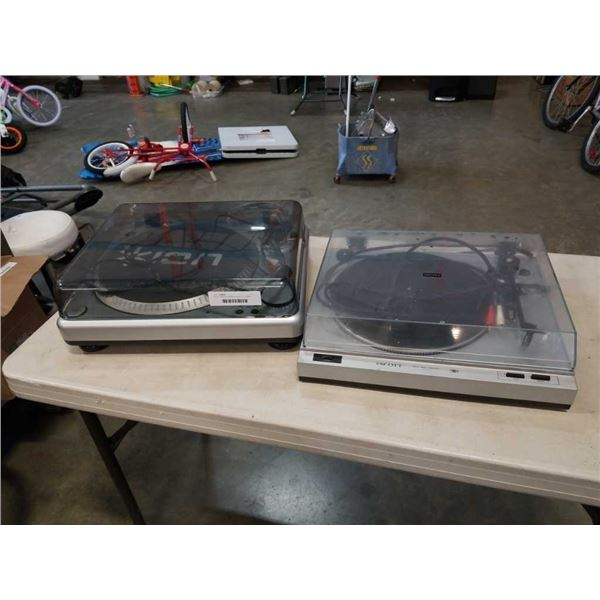 ION TTUSB10 turntable and SCOTT PS69A  turntable