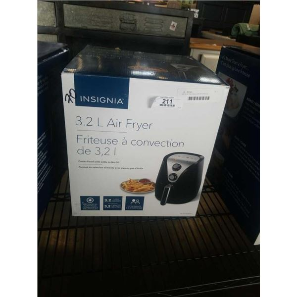 AS NEW INSIGNIA AIR FRYER 3.2L