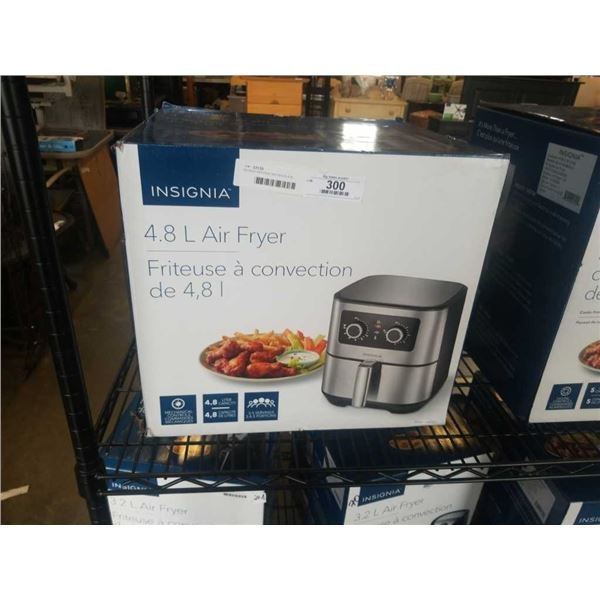 AS NEW INSIGNIA AIR FRYER 4.8L