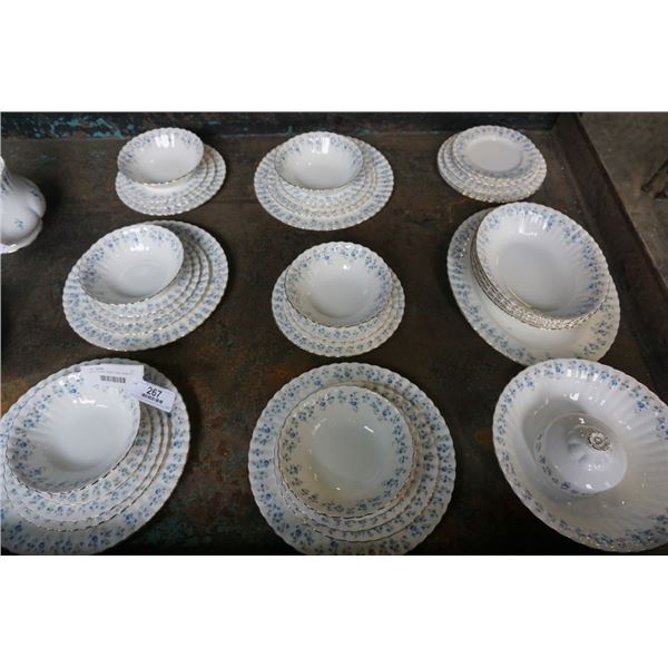 ROYAL ALBERT MEMORY LANE DINNER SET