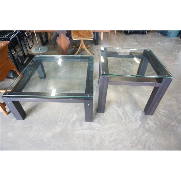 MODERN GLASSTOP COFFEE AND ENDTABLE - COFFEE TABLE 32 X 32 INCHES, ENDTABLE 2 FOOT X 2 FOOT