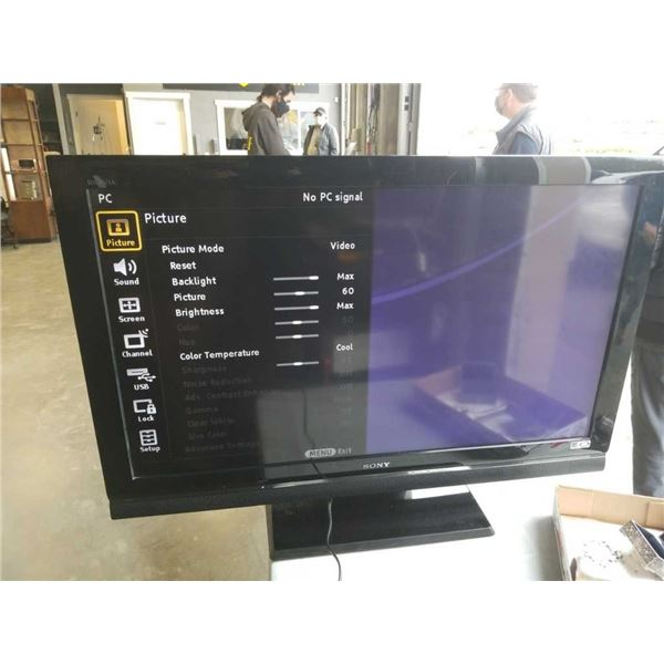 "Sony 40""LCD HDTV"