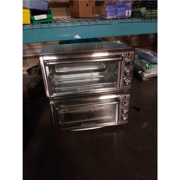 2 Black and Decker large capacity air fry convection oven - store returns
