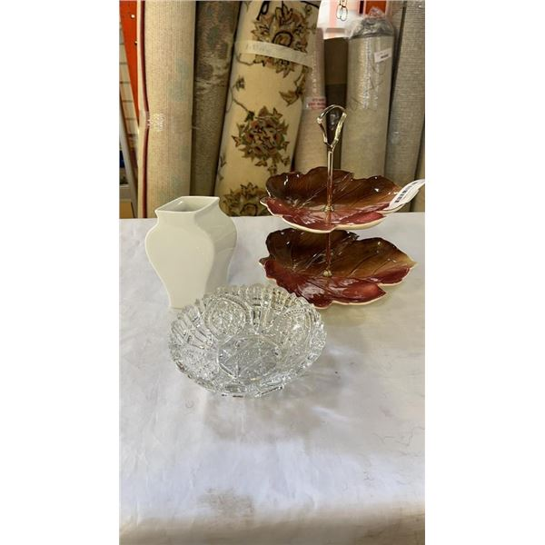 CRYSTAL FOOTED ROUND BOWL, ROSENTHAL WHITE VASE 6 INCHES TALL AND ROYAL WINTON 2 TIER LEAF CAKE SERV