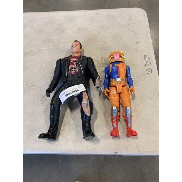 FORTNITE 11 INCH ACTION FIGURE AND TERMINATOR 13 INCH FIGURE