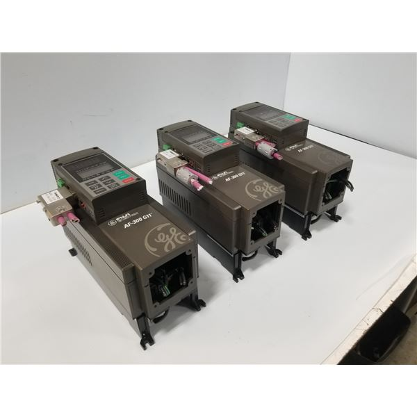 (3) FUJI ELECTRIC 6KG1143001X1B1 (AF-300G11) VAR SPEED DRIVE