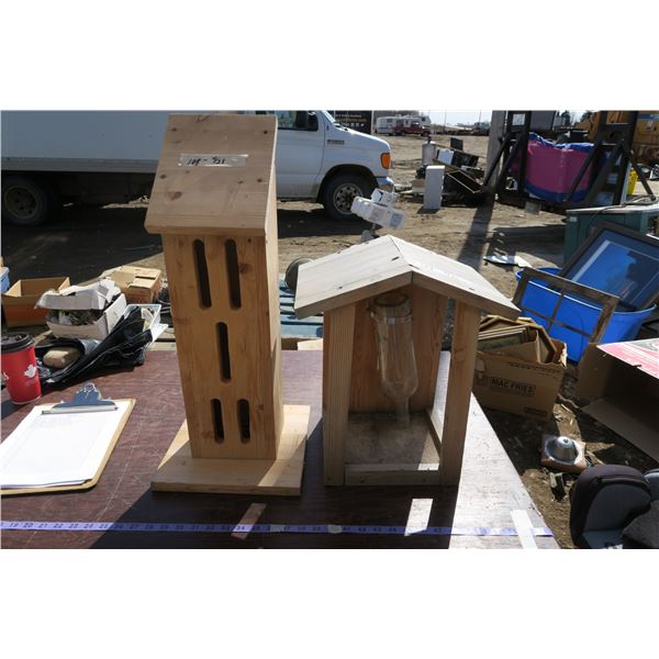 lot birdhouses