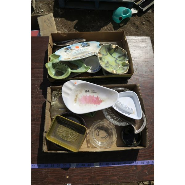 lot ashtrays