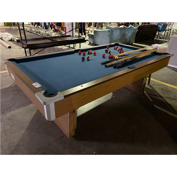 POOL TABLE WITH CUES & CUE HOLDER