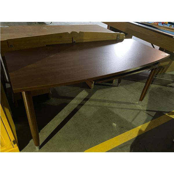 """DESK WITH PULL OUT KEYBOARD TRAY 60 X 28"""""""