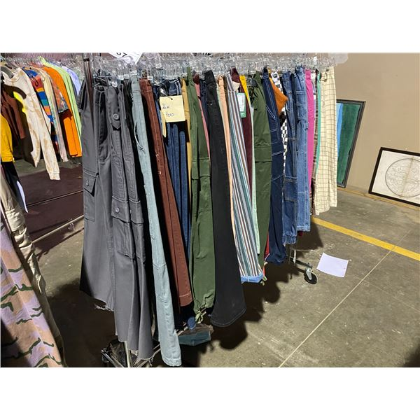 ASSORTED CLOTHING BRANDS SUCH AS : TOP SHOP, GAP, ASOS, & MORE RACK INCLUDED