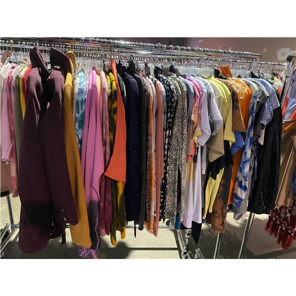 ASSORTED CLOTHING BRANDS SUCH AS : TOPSHOP, URBAN OUTFITTERS, UNIQLO, & MORE RACK INCLUDED