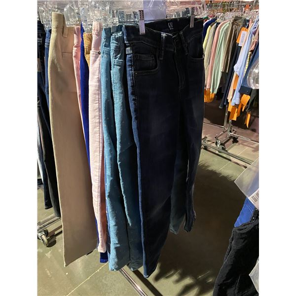 ASSORTED PANTS/SHORTS BRANDS SUCH AS : RAG & BONE, HM, OLD NAVY, & MORE RACK INCLUDED