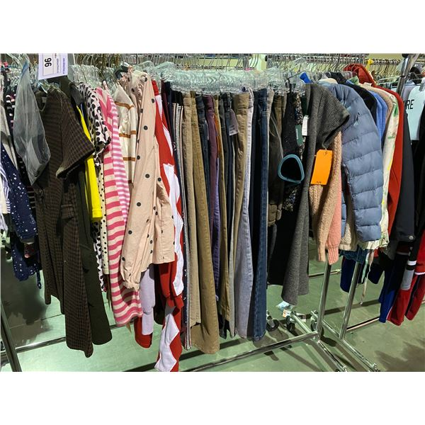 ASSORTED CLOTHING BRANDS SUCH AS : GAP, URBAN OUTFITTERS, GARAGE, & MORE RACK INCLUDED