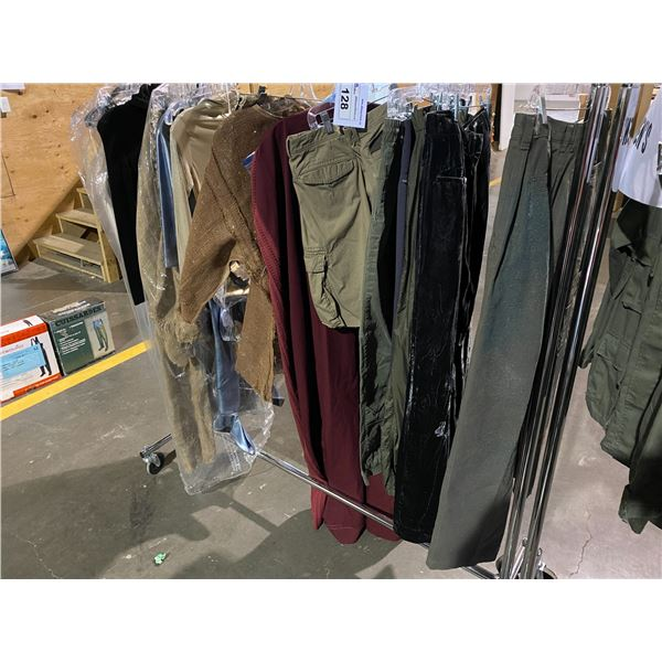 ASSORTED CLOTHING BRANDS SUCH AS : COLUMBIA, BANANA REPUBLIC, JOE FRESH, & MORE RACK INCLUDED