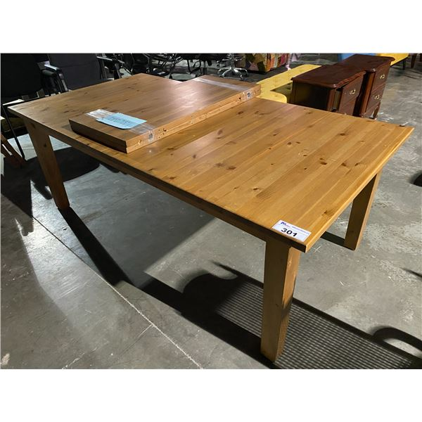 """TABLE WITH 2 LEAFS 79 X 41"""""""