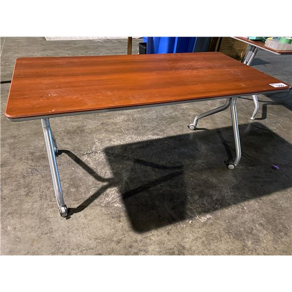 """ROLLING TABLE 30 X 60"""""""