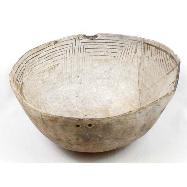 Large Prehistoric Anasazi Pottery Bowl