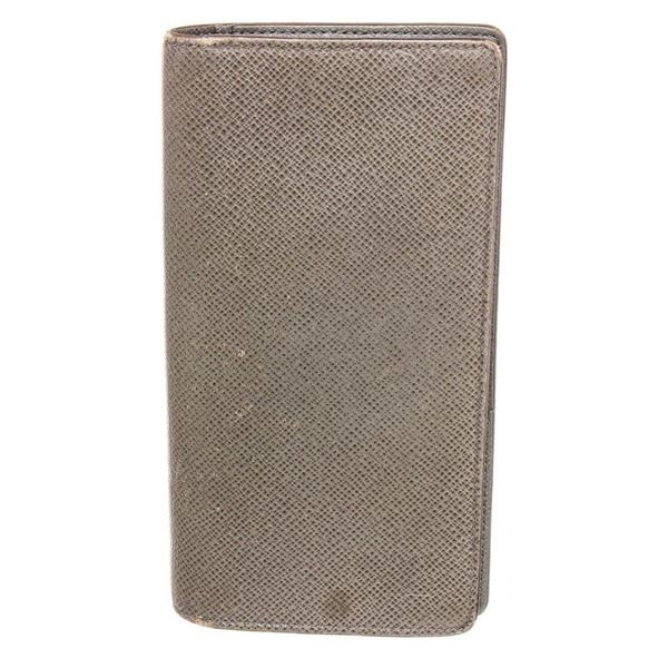 Louis Vuitton Grey Taiga Leather Long Bifold Card Wallet