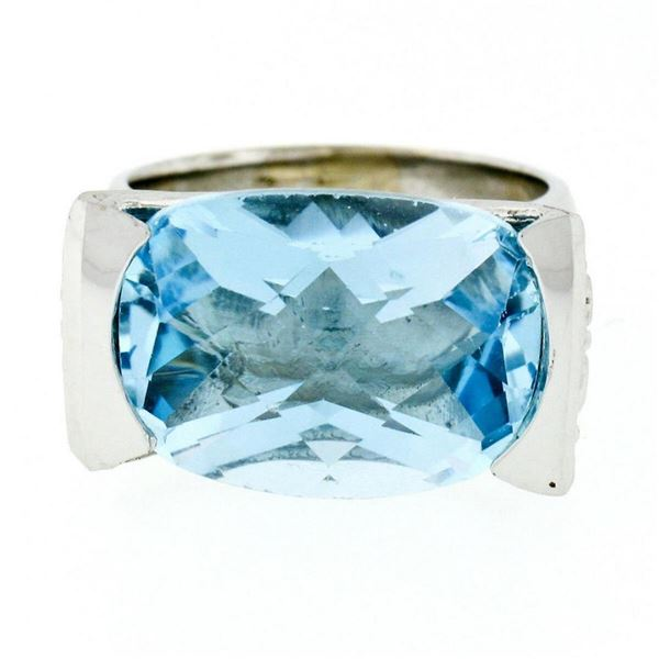 Estate 14kt White Gold Oval Checkerboard Blue Topaz Ring