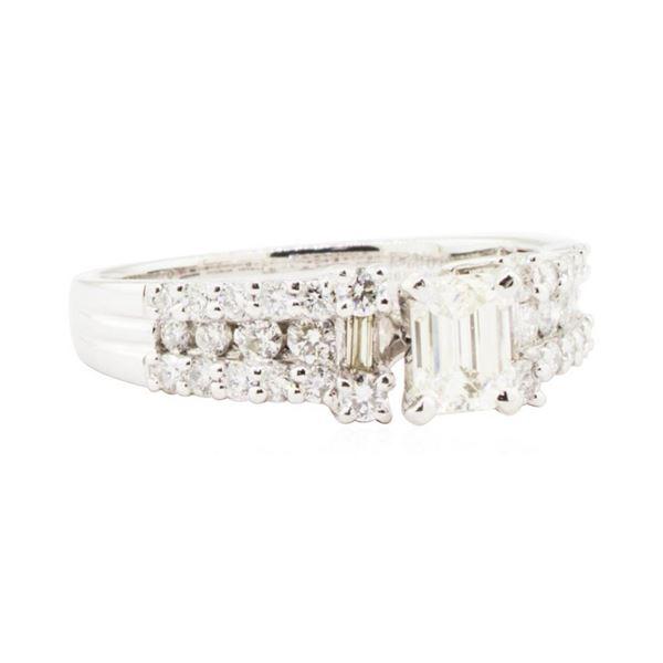 1.12 ctw Diamond Ring - Platinum