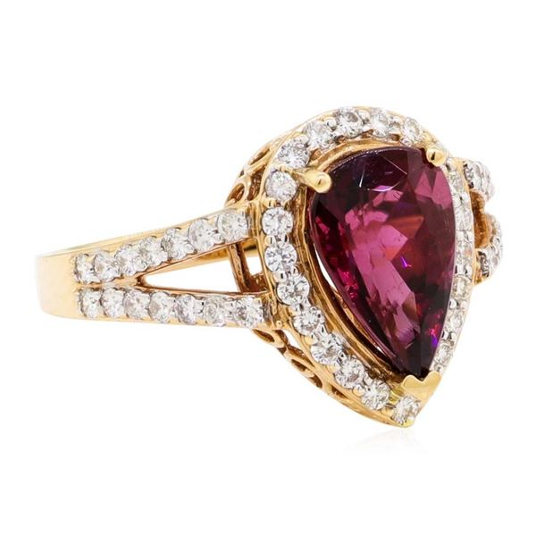3.40 ctw Pear Brilliant Rubellite And Round Brilliant Cut Diamond Ring - 18KT Ro