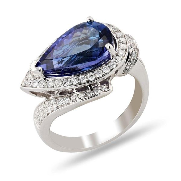 5.48 ctw Tanzanite and 0.60 ctw Diamond 14K White Gold Ring