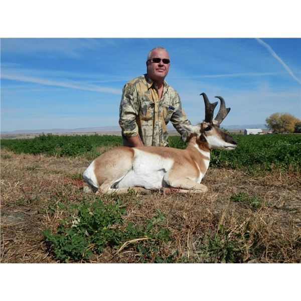 Adult and Youth Wyoming Antelope Hunt