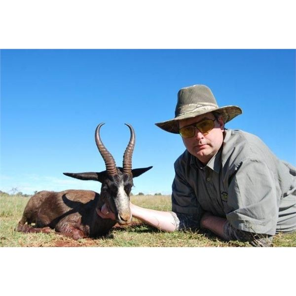 8 Day Safari for 2 Hunters and 2 Non-Hunters in South Africa