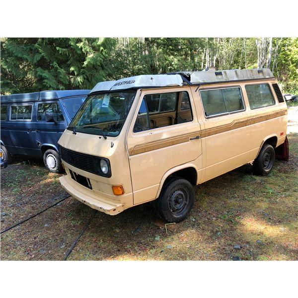 1985 VW PANEL VAN, BROWN, VIN# WV2YB0259FH022919 - NO MOTOR OR TRANSMISSION, STRAIGHT RUST FREE