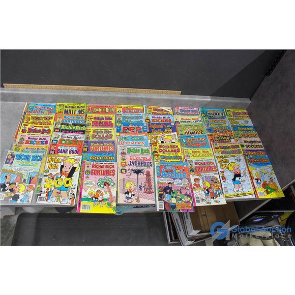 (50) Richie Rich Comics