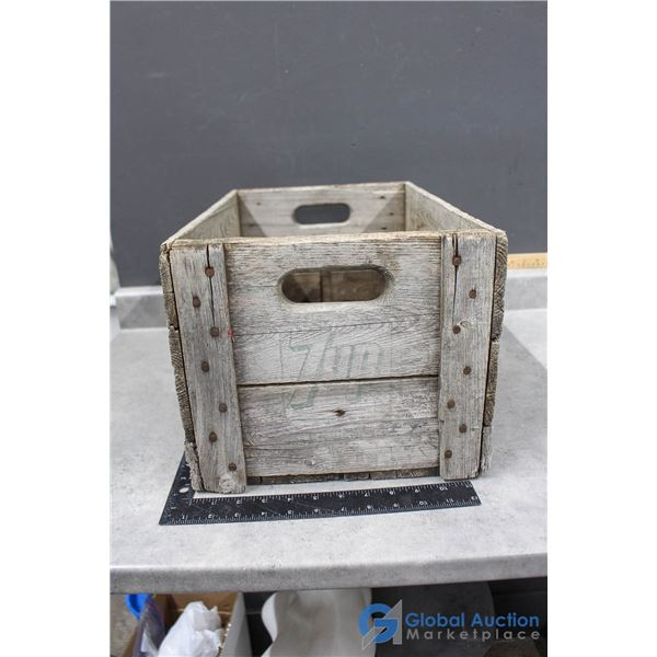 Vintage 7-Up Wooden Crate